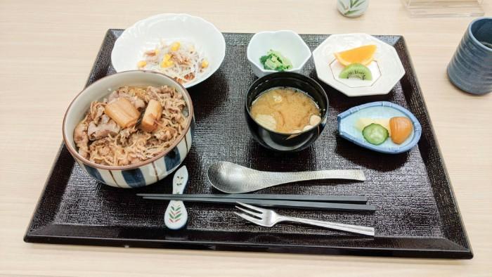 ITS健保の木都里亭の550円~の格安ランチを食べてみた:ITS健保の人は一度は食べに行ってほしい美味しいランチ